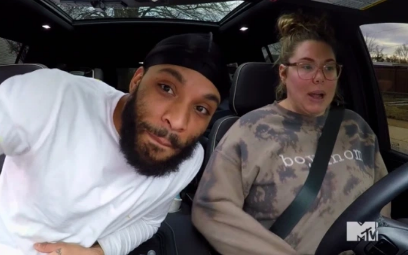 Kail and Chris in car
